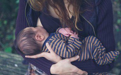 Über die Herzverbindung zu deinem Kind in der Schwangerschaft und nach der Geburt